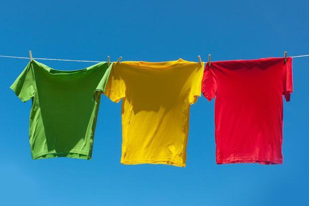 можно ли отстирать фломастер от одежды