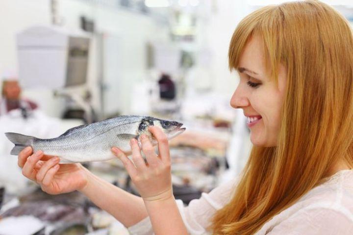 К чему снится есть жареную рыбу беременной женщине 20