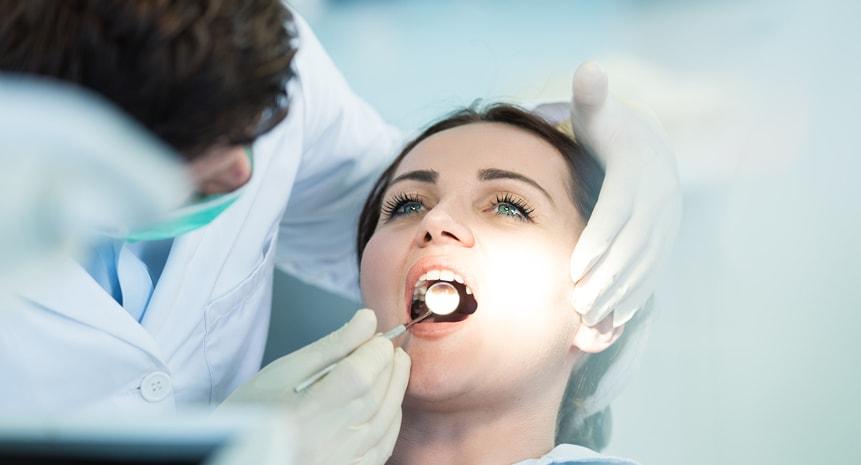 на осмотре у стоматолога