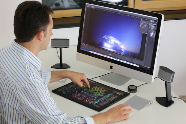 how to make money on photoshop on the Internet
