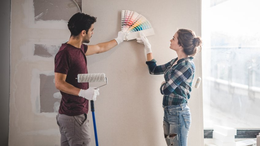 DIY wall painting ideas in an apartment