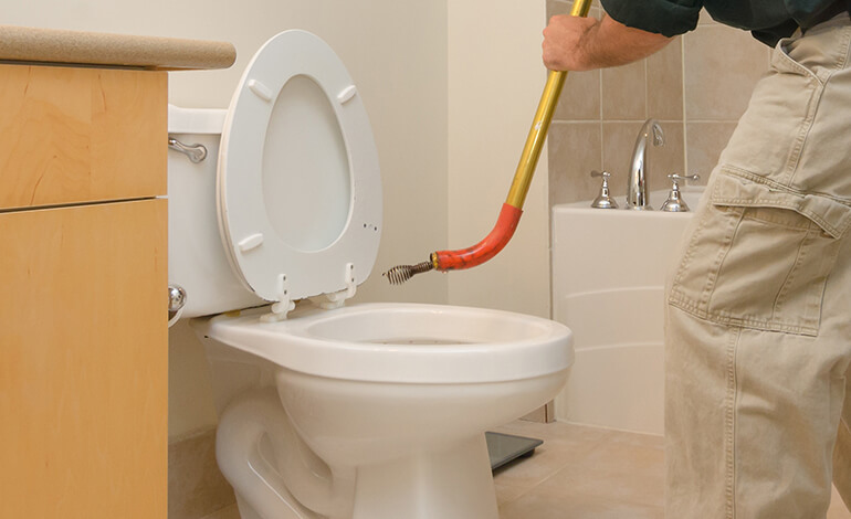 clogged toilet how to clean yourself