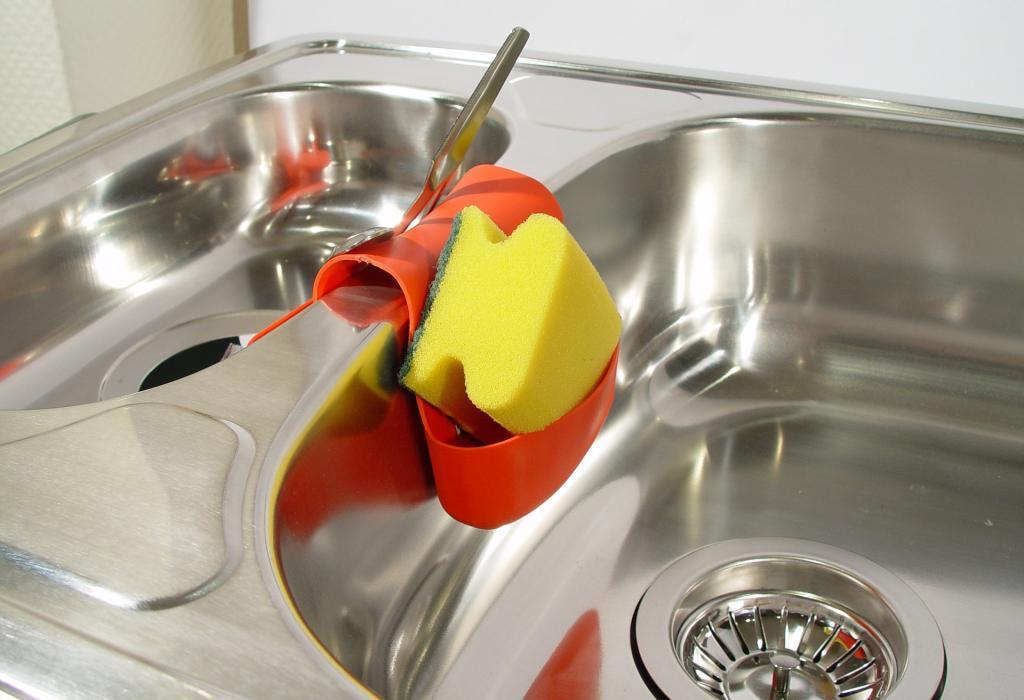 Как убрать засор в раковине: порядок выполнения работы, профессиональные средства и народные методы