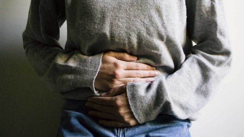 Отравление творогом: симптомы, первая помощь, лечение, отзывы