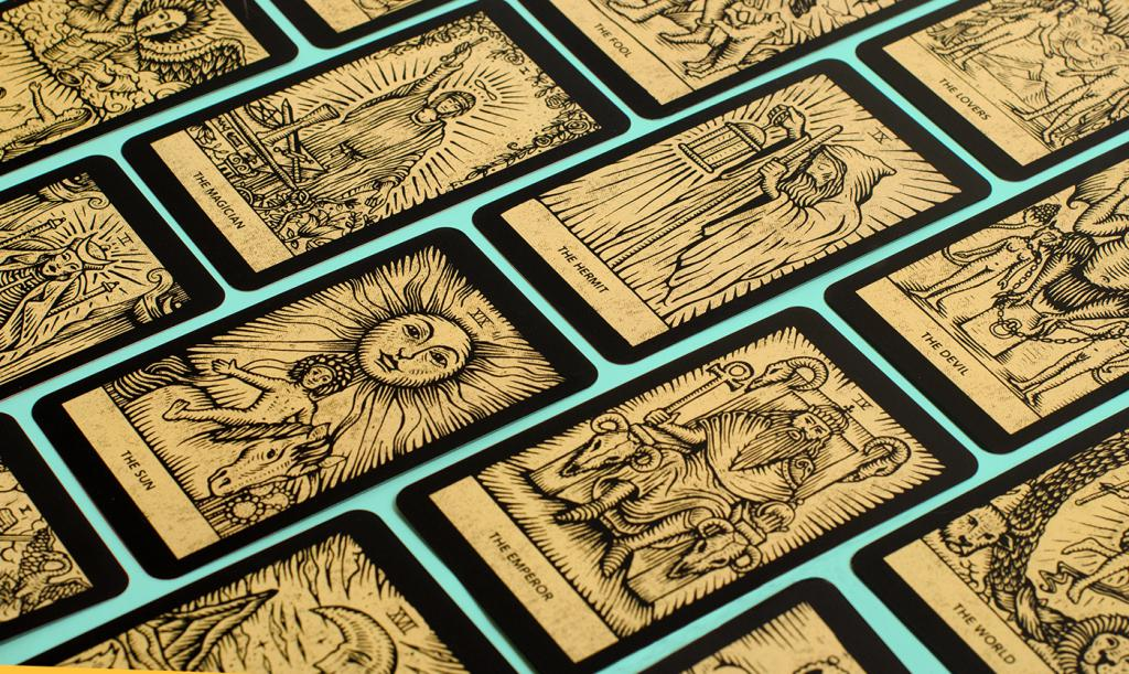 fortune telling on tarot cards for a man