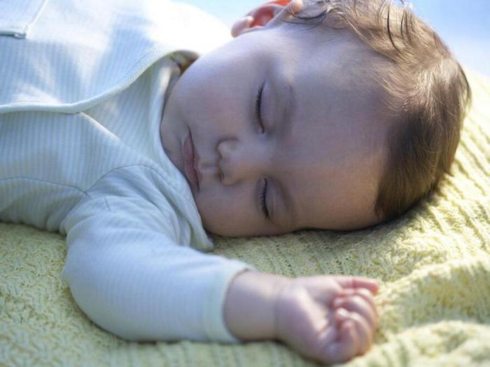 Как уложить ребенка спать без грудного кормления днем