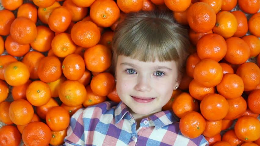 С какого возраста можно давать ребенку апельсин
