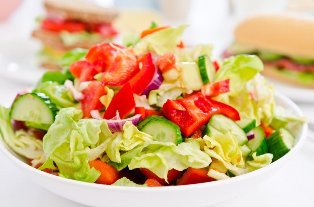 Легкий Салат Из Овощей Для Похудения. Лучшие рецепты жиросжигающих салатов для похудения