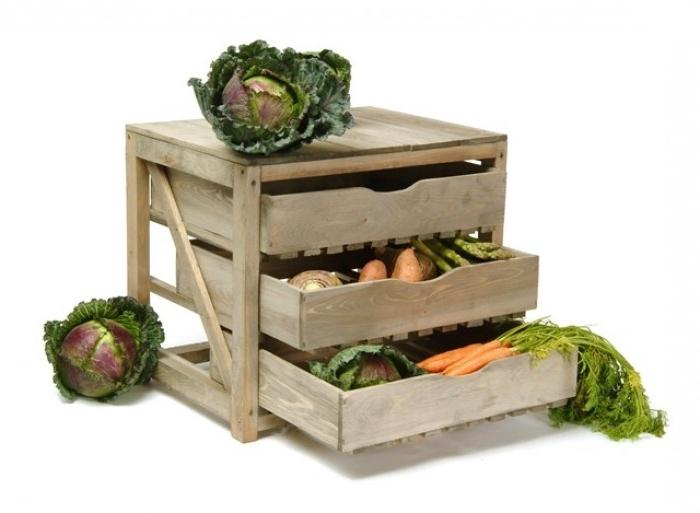 Ящик для овощей на балконе зимой своими