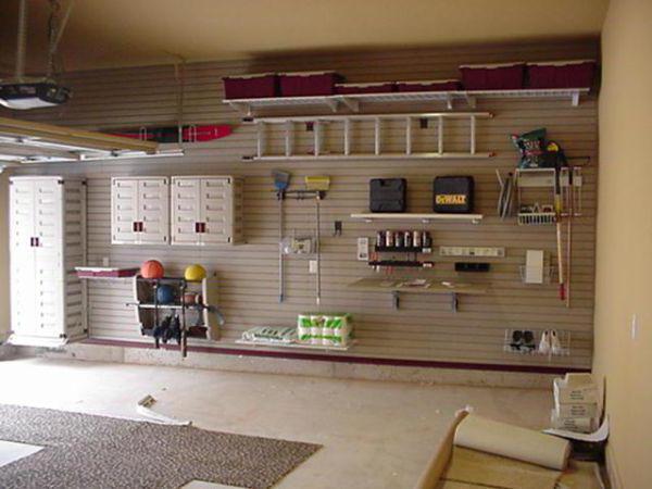 интерьер деревянного гаража
