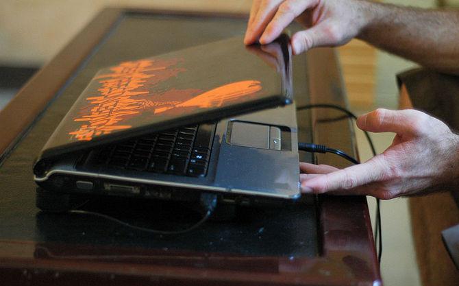после обновления не включается ноутбук