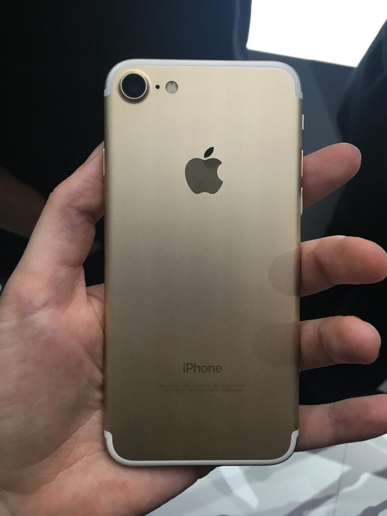 айфон 7 фото сзади