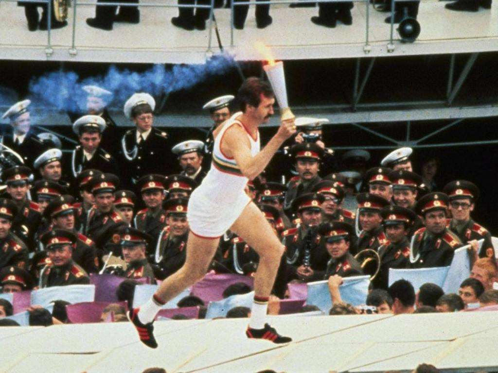 Belov ignites the fire of the 1980 Olympics