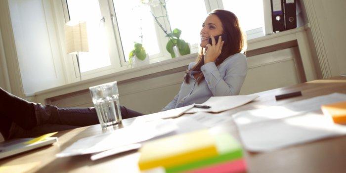Девушка в офисе