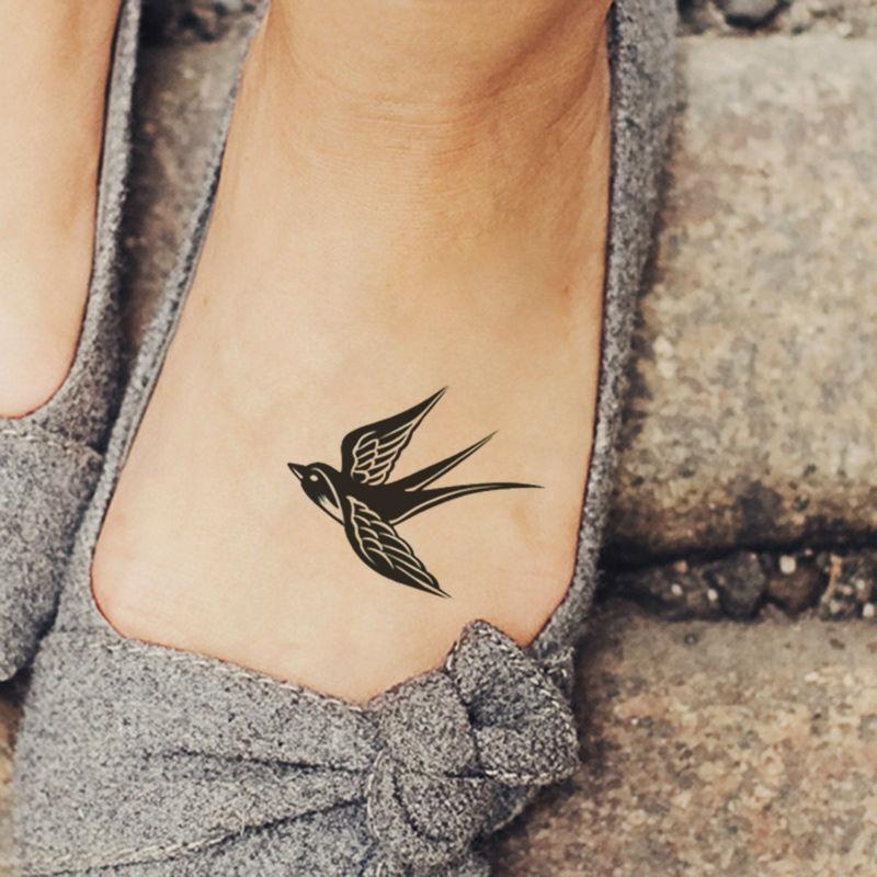 tattoo on the leg