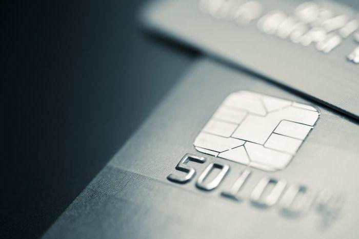 Кредитные карты с моментальным решением - особенности оформления, условия и отзывы