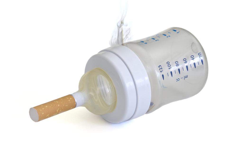 Через сколько можно кормить ребенка после курения