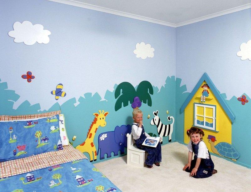 стены в детской с аппликацией