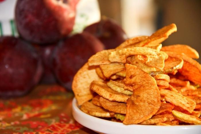 Сушеные яблоки польза и возможный вред самых доступных