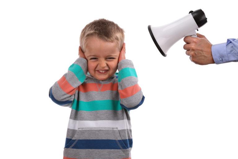 Муж ненавидит ребенка от первого брака: что делать? Последствия ненавистнического отношения мужа к ребенку жены от преды...