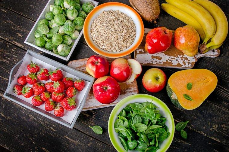 Как наладить работу кишечника при запорах: упражнения, препараты, диеты