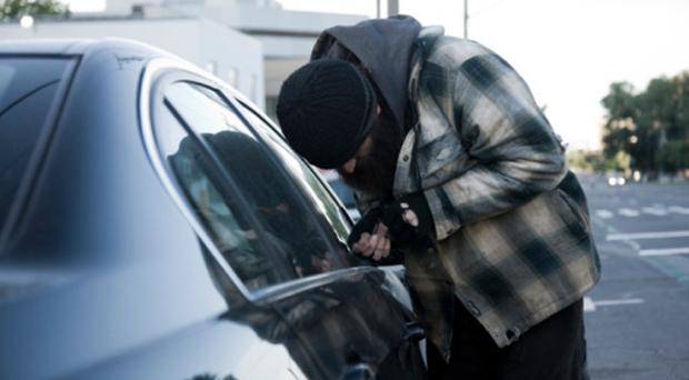 Угнали машину, что делать? Что делать, если угнали машину? Как застраховать машину от угона