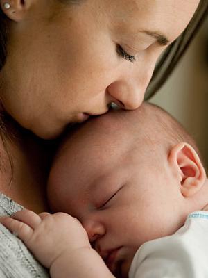 Почему появляются родинки на теле у ребенка