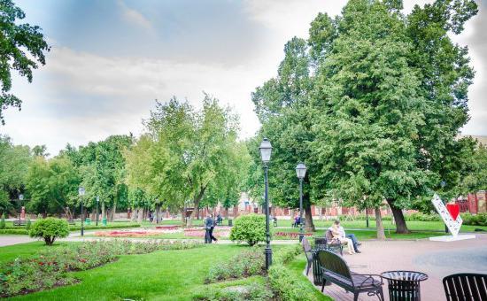 Любовь в саду «Эрмитаж»