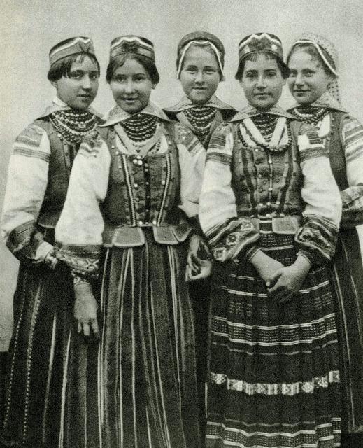 белорусский национальный женский костюм