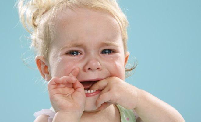 налет на миндалинах виды причины симптомы