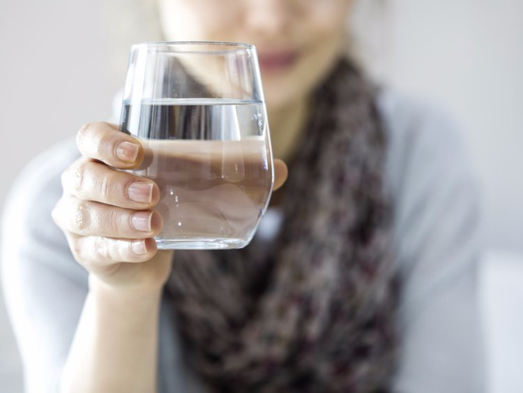 Стакан воды от спазмов