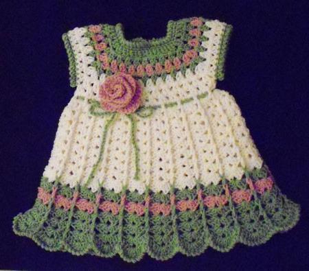 Красивые узоры детских платьев крючком