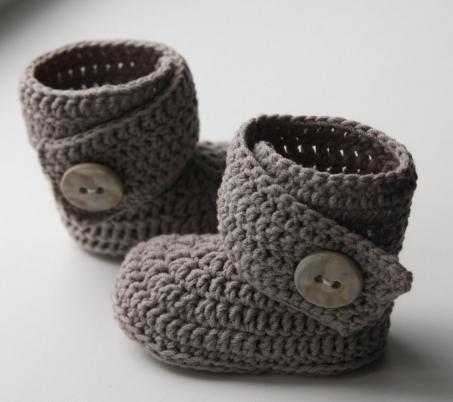 Вязаная обувь детям