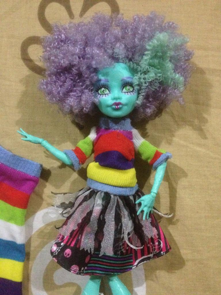Как сделать куклу монстер хай из носка 106
