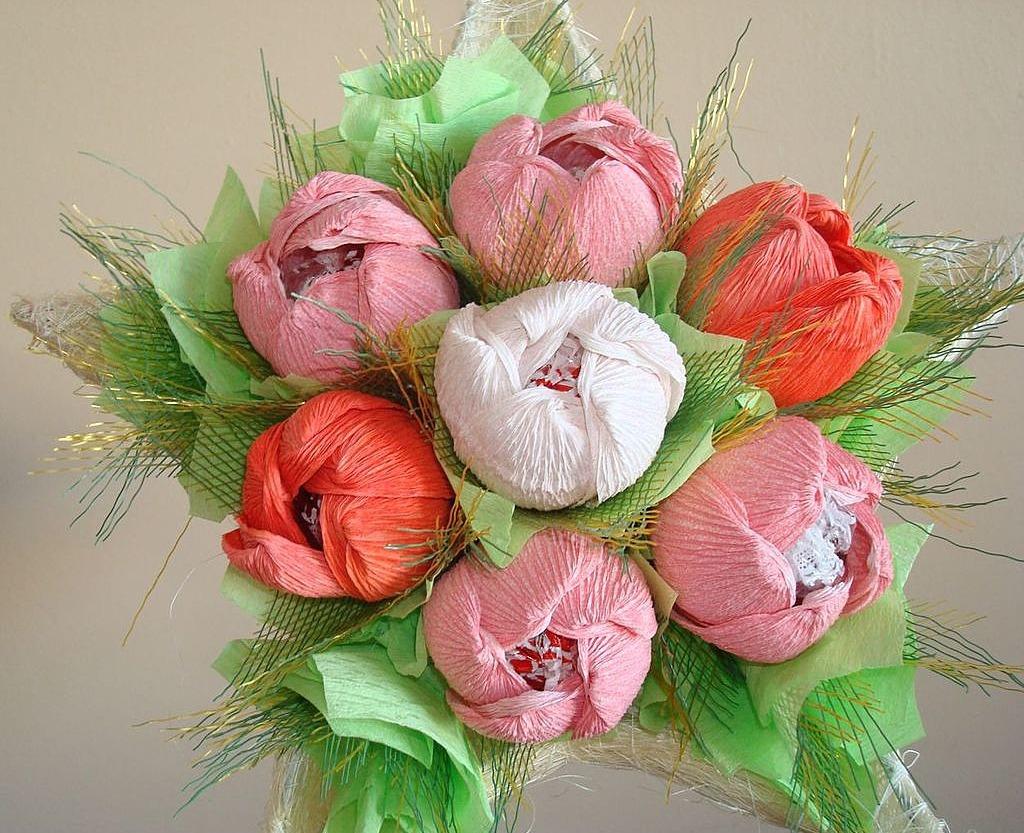 букеты цветов из бумаги с конфетами своими руками можно отсеять неинтересные