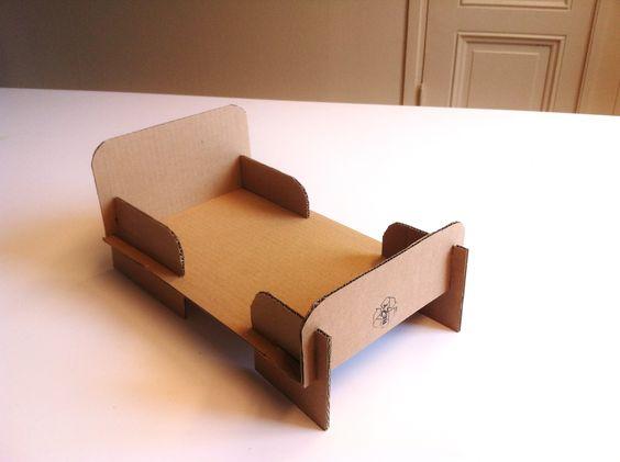 кровать из гофрированного картона