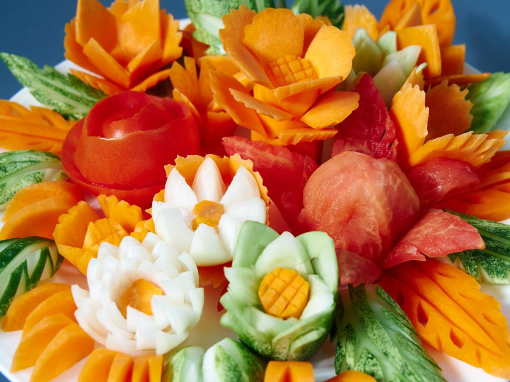 красивый букет из овощей
