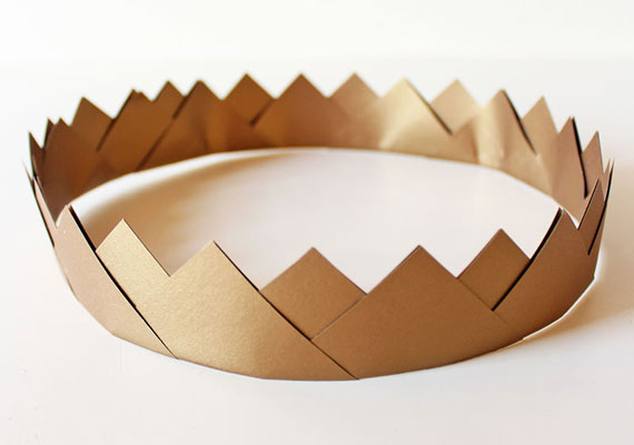 корона из золотых треугольников