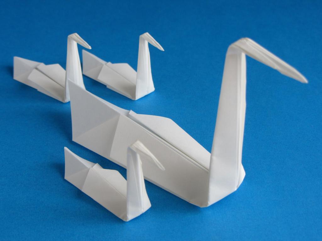 Оригами-лебедь из модулей: пошаговая инструкция по изготовлению двойного лебедя