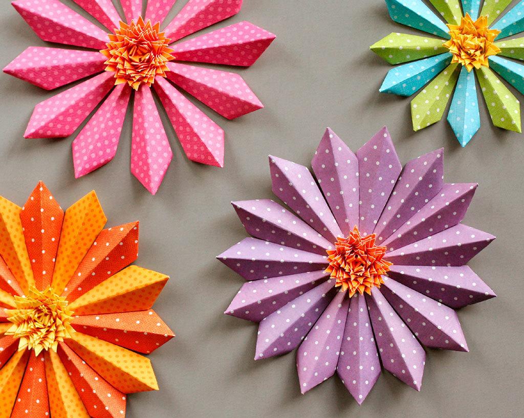 Объемные цветы из бумаги картинки, днем