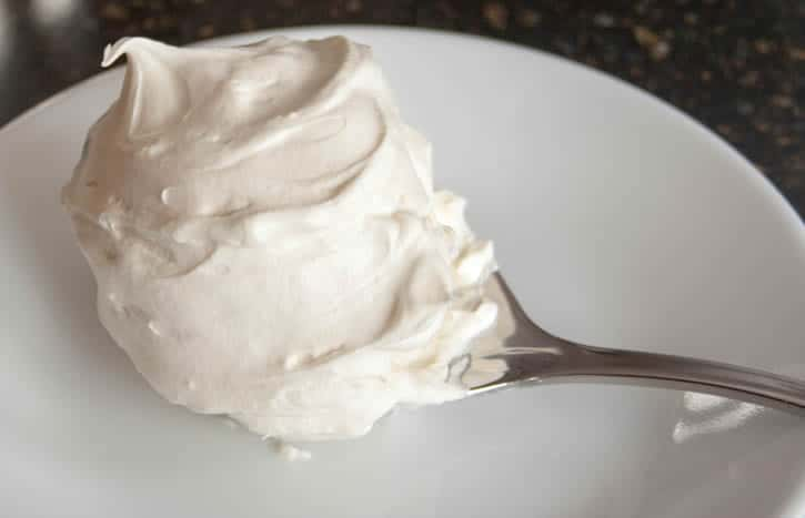 cake with sour cream without baking cookies