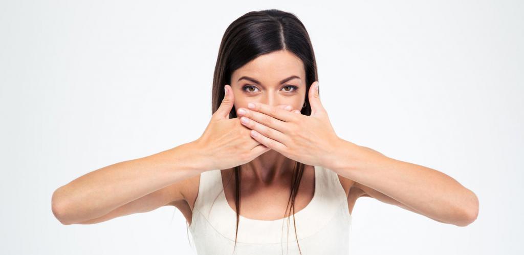 запах ацетона изо рта заболевание