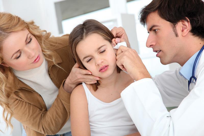 сколько дней температура при отите у ребенка