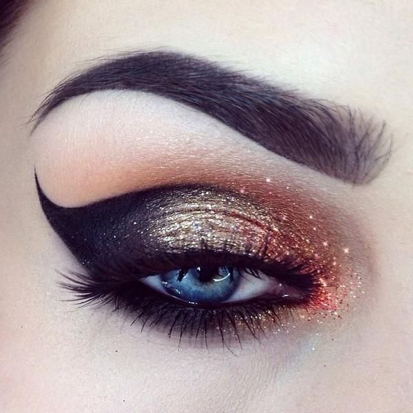 праздничный макияж кошачий глаз