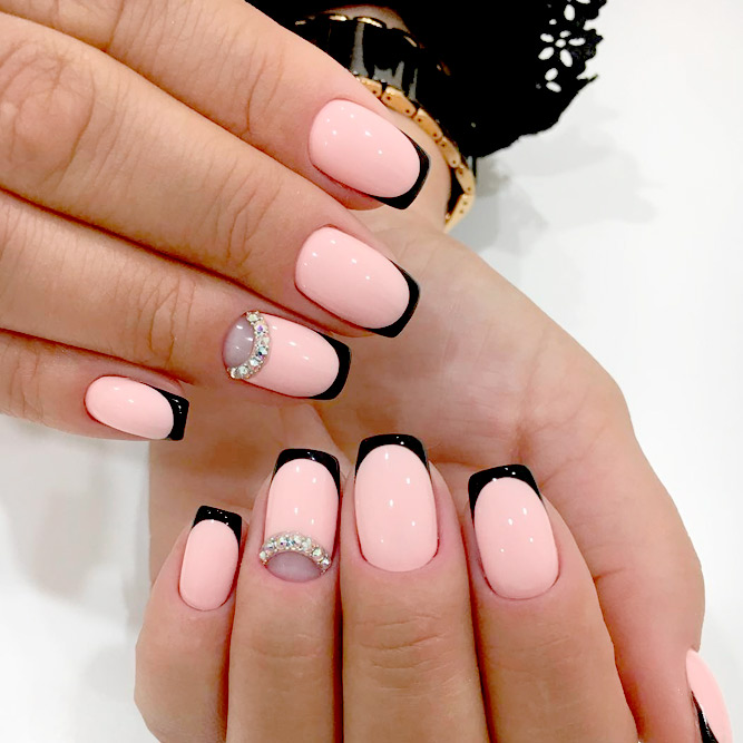 manicure black french