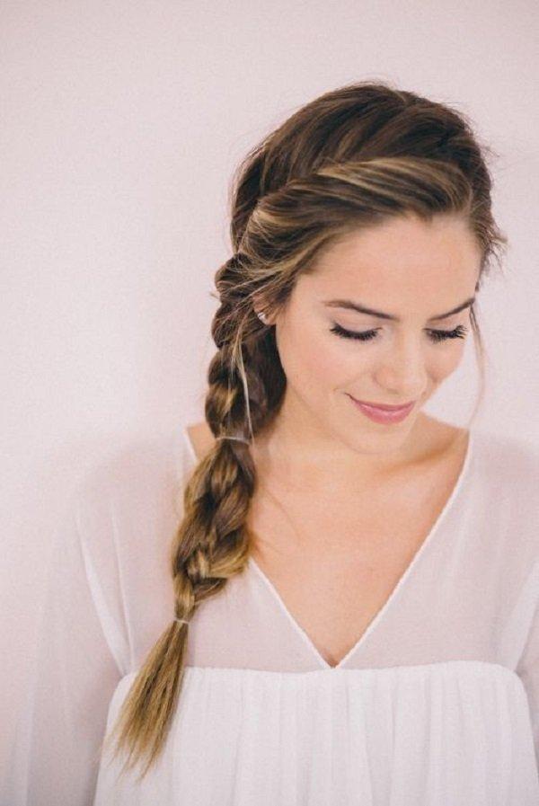 красивая коса на бок