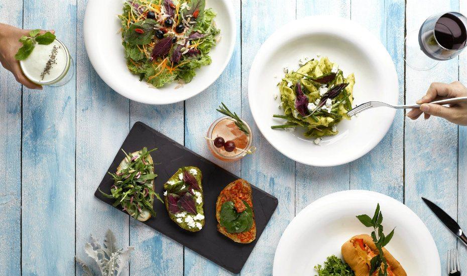 natural food dishes