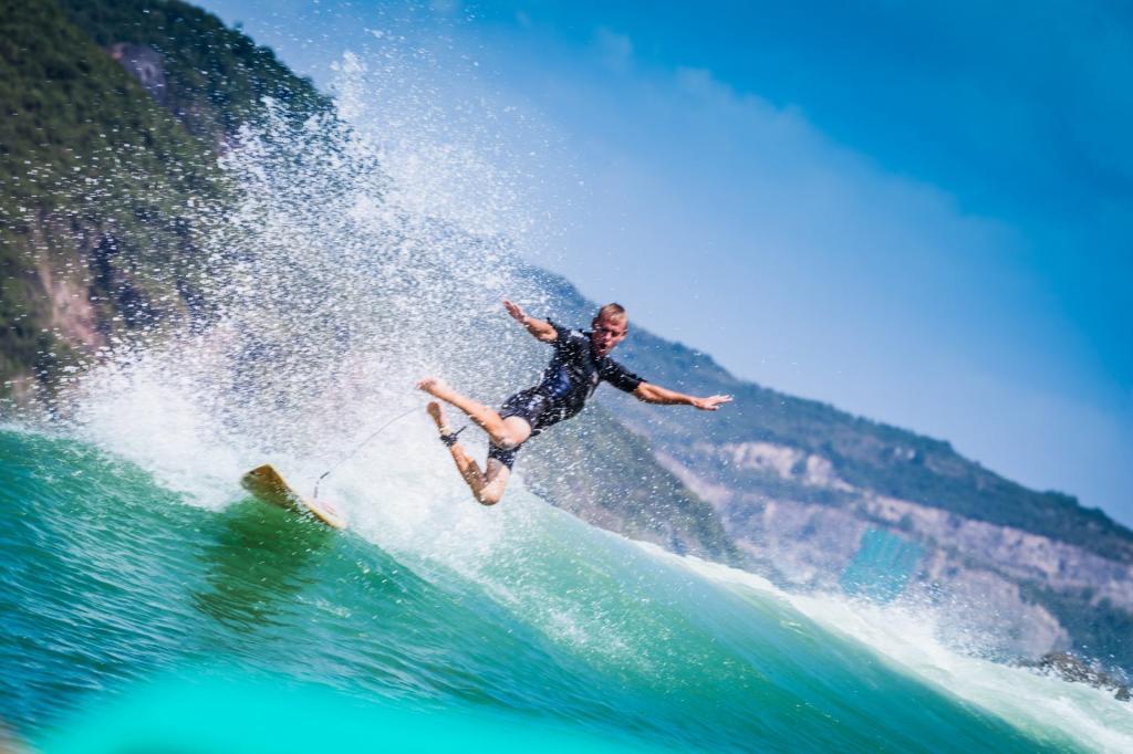 Серфинг в Вьетнаме: лучшие курорты, советы туристам и фото