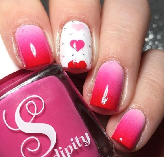 Ombre manicure with pattern