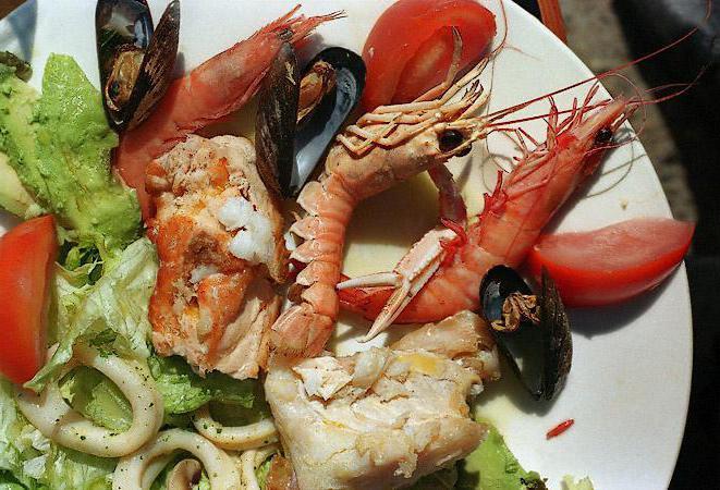 салаты из морепродуктов рецепты порционные